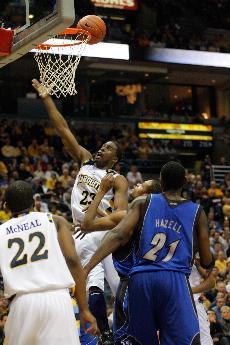 IMAGE: Men's basketball defeats Seton Hall Tuesday night