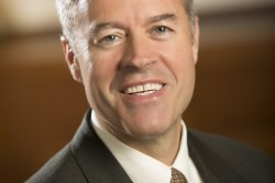 UW-Milwaukee names chancellor to succeed Michael Lovell