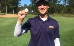 ACE! Club golf player sinks shot of a lifetime