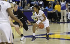 Women's basketball picks up first two wins in FIU tournament sweep