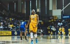Women's basketball drops two, ends five-game win streak