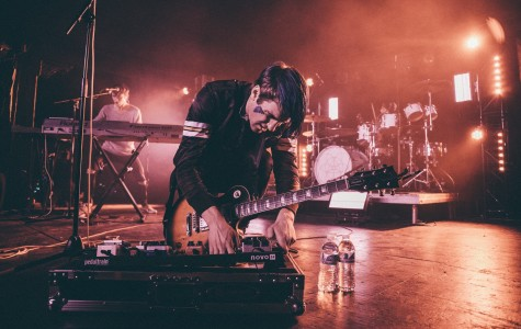 Milwaukee's own Vinyl Theatre rocks The Rave