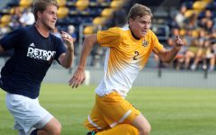 Men's soccer falls 4-0 to Kentucky in season opener