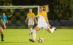 Set Piece: Women's soccer kicks off BIG EAST play