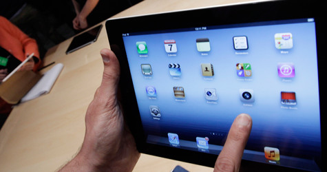 iPad gets yays and nays from students and professors