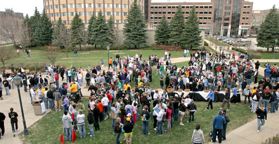A crowd gathers at the start of Hunger Clean Up. Photo courtesy of Leslie La Bonte.