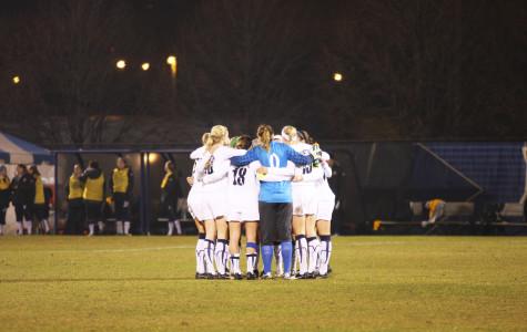 Women's soccer upsets No. 16 Kansas with shutout