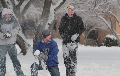 What are the criteria for a Marquette snow day?
