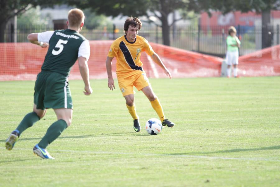 Men's Soccer's Wins First Two Games of Season