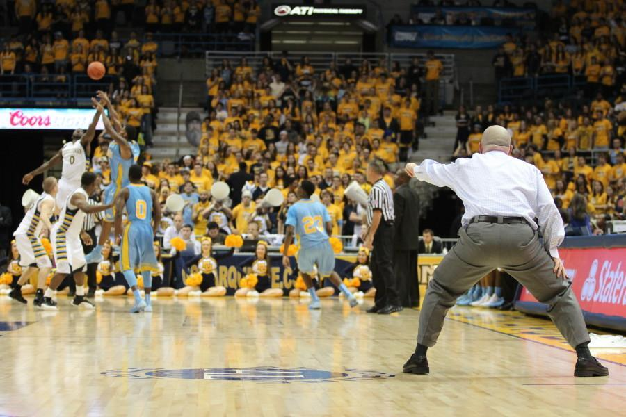 Mens basketball over scheduled in opening slate