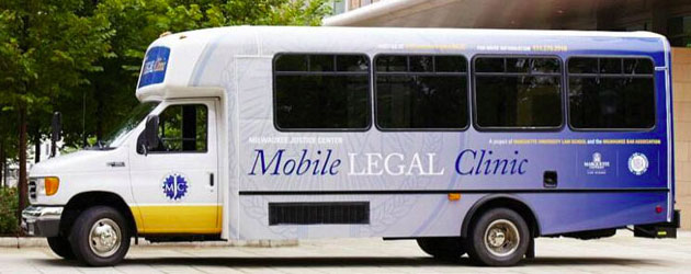 Mobile+Legal+Clinic+receives+Wisconsin+Innovation+Award