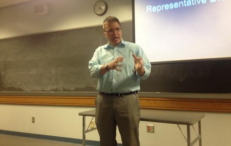 State representative speaks with Marquette Democrats