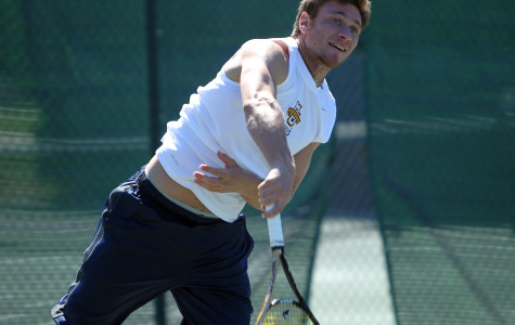 Men's tennis has winning streak snapped at four games