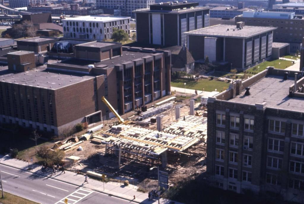 Aerial_view_of_the_Marquette_campus_and_the_Olin_Engineering_Center_construction_site