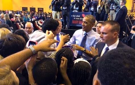 Obama stumps for Mary Burke in Milwaukee high school