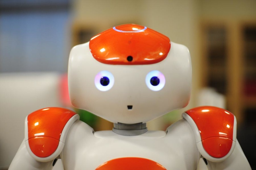 Robotics lab encourages female programmers, social innovation