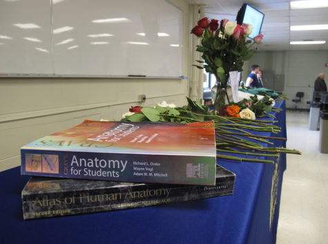 Marquette students honor cadaver donors at memorial
