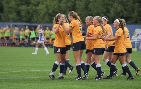 Women's soccer makes strong statement in BIG EAST opener