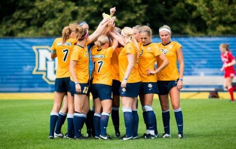 Women's soccer seeks to bury Gophers