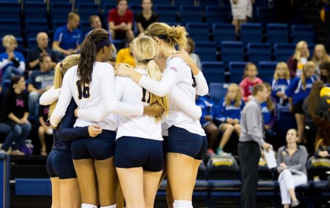 Volleyball falls in straight sets to Xavier