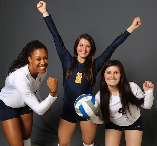 Amanda Green, Abby Julian and Riley Burchett (left to right). Photo by Maggie Bean/Marquette Athletics.