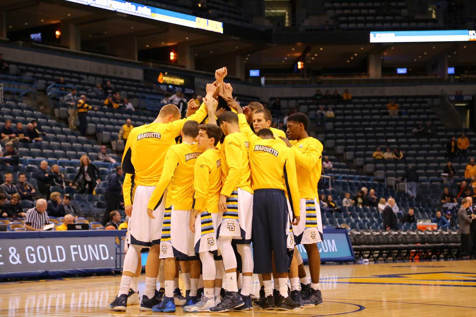 2015 - '16 men's basketball team Photo by Yue Yin /yue.yin@marquette.edu