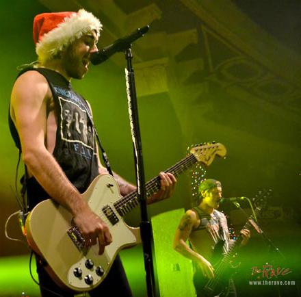 All Time Low. Photo via: therave.com