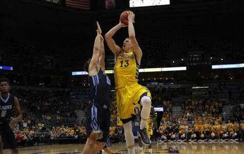Seton Hall exposes Marquette's youth in BIG EAST lidlifter