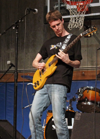 Matt Froelich performs at the Rock-a-Thon Student Showcase. Photo by Emily Dever