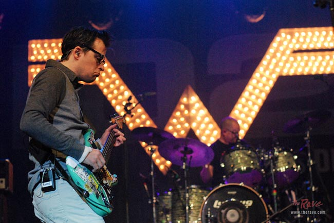 Weezer starts off 10th Annual Big Snow Show on a strong note