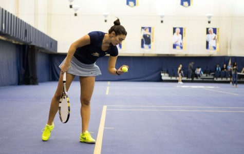 Silvia Ambrosio won all four of her matches on Saturday. Photo by Ben Erickson/benjamin.a.erickson@marquette.edu