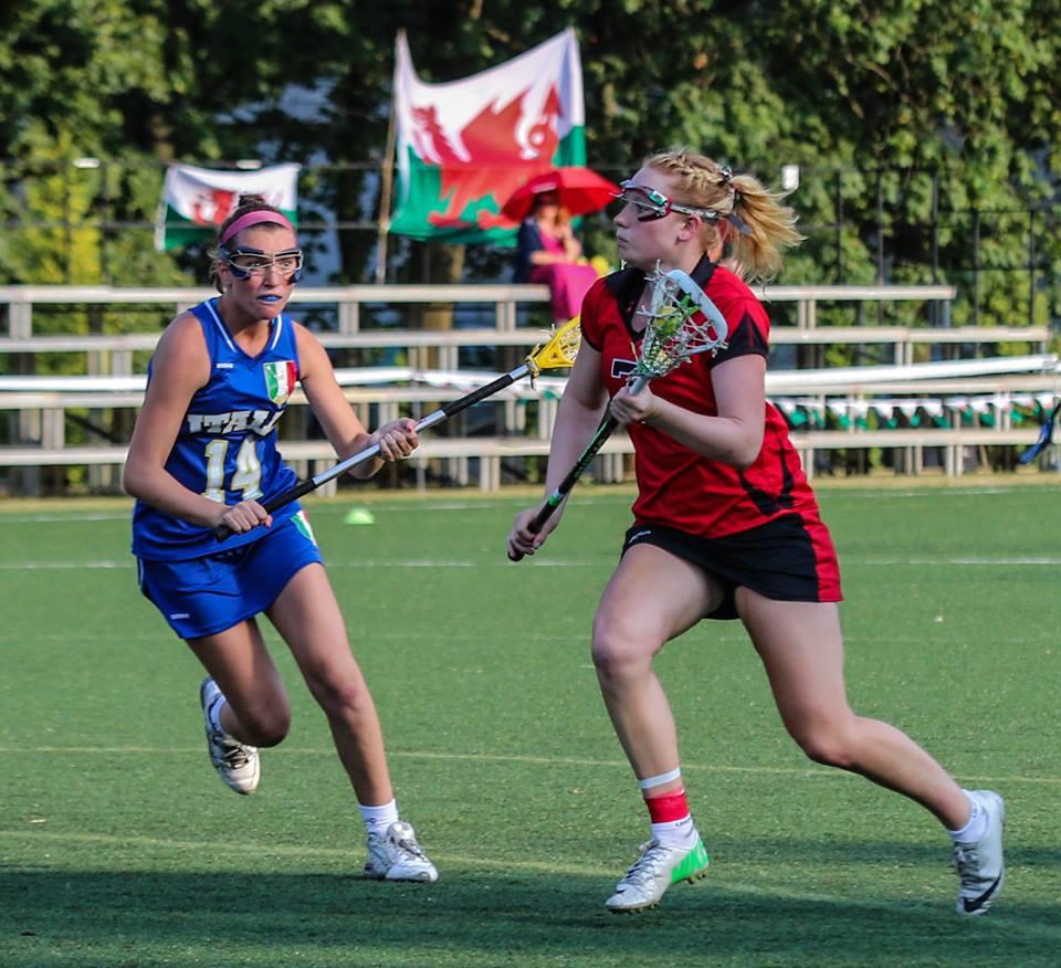Photo via facebook.com/ItalianWomensLacrosse