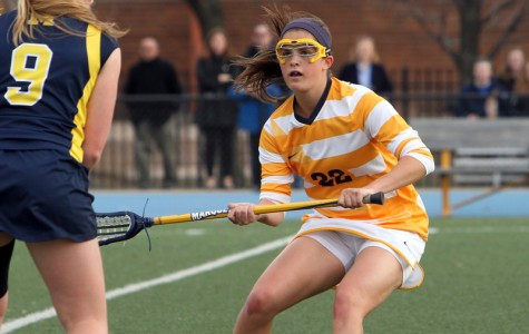 Senior class setting example for women's lacrosse