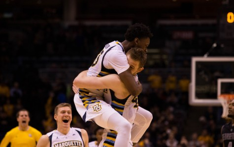 Marquette overcomes Ellenson injury in emotional victory