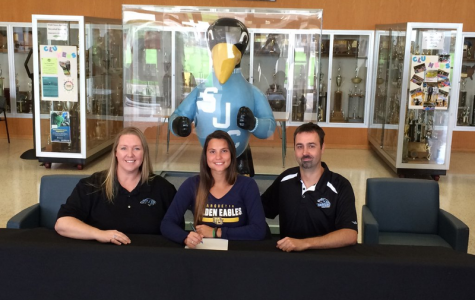 Volleyball picks up French JUCO transfer