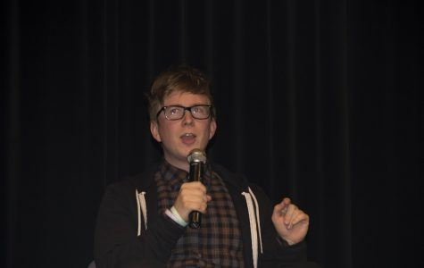 YouTuber Tyler Oakley entertains, provides advice at Marquette