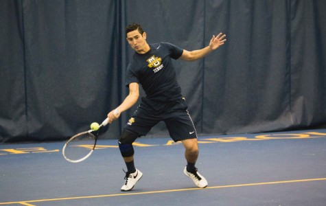 Tennis teams go 3-1 in BIG EAST openers