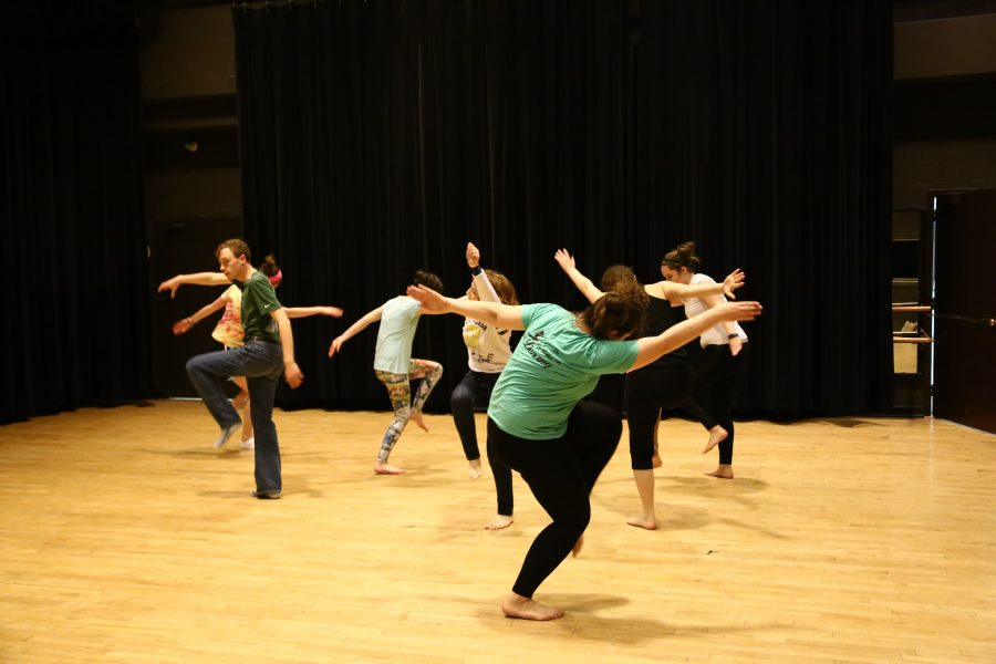 Dance seminar rehearses Afro-tap fusion piece to be performed in collaboration with Dance History class.