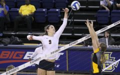 Volleyball wins one of three in Oahu, upsets No. 20 Hawaii
