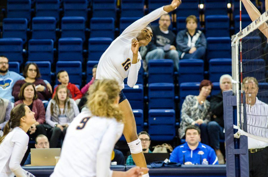 Taylor Louis was one of three players with double-digit kills.