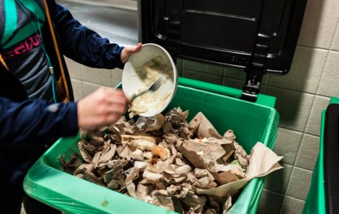 Dining hall compost bins encourage student involvement