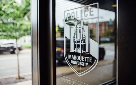 Marquette student robbed of phone, other items