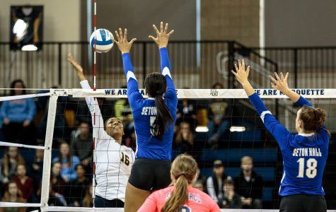 Niemann gets 1,000th kill as volleyball defeats Seton Hall