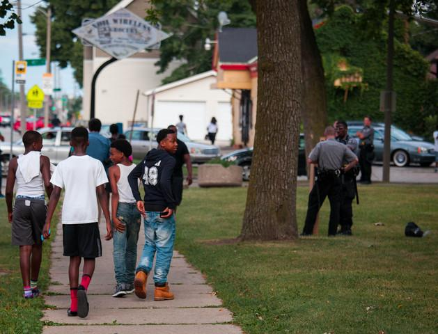 MILWAUKEE%2C+WI+-+AUGUST+15%3A+Members+of+the+Milwaukee+County+Sheriff+Dept.+secure+Sherman+Park+after+a+6pm+curfew+was+enacted+after+a+second+night+of+clashes+between+protestors+and+police+August+15%2C+2016+in+Milwaukee%2C+Wisconsin.+Hundreds+of+angry+people+have+confronted+police+after+an+officer+shot+and+killed+a+fleeing+armed+man.+%28Photo+by+Darren+Hauck%2FGetty+Images%29