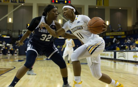 Women's basketball wins season opener by 50 points