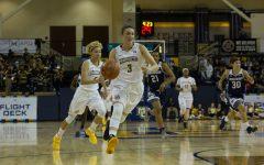 Women's basketball uses big second half to defeat Saint Francis