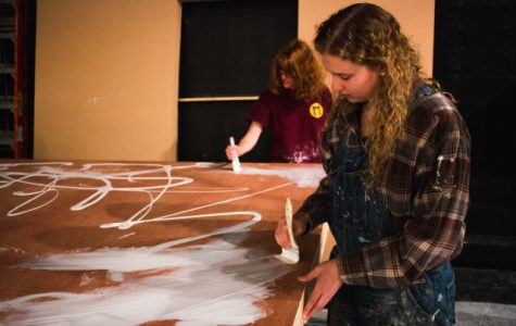 Taking on tragedy by scenic design