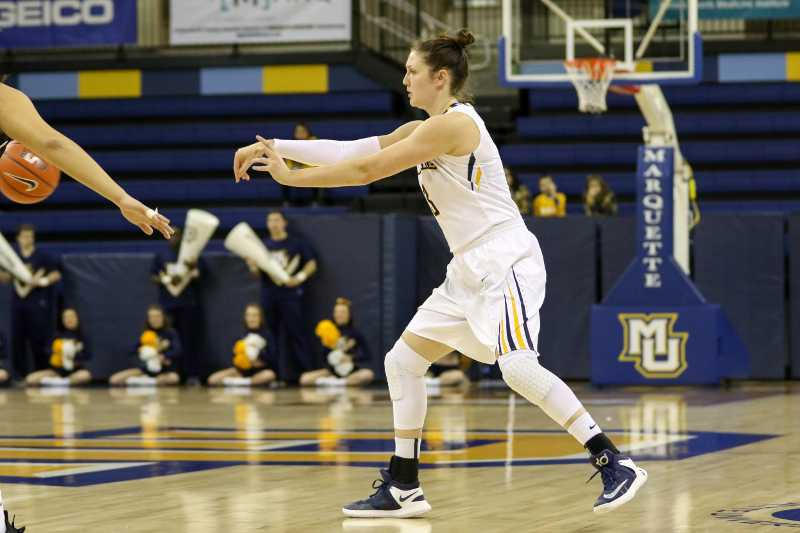McKayla+Yentz+scored+23+points+and+added+a+rebound+and+a+steal+against+Seton+Hall.