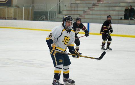 Hockey splits weekend series against Bradley