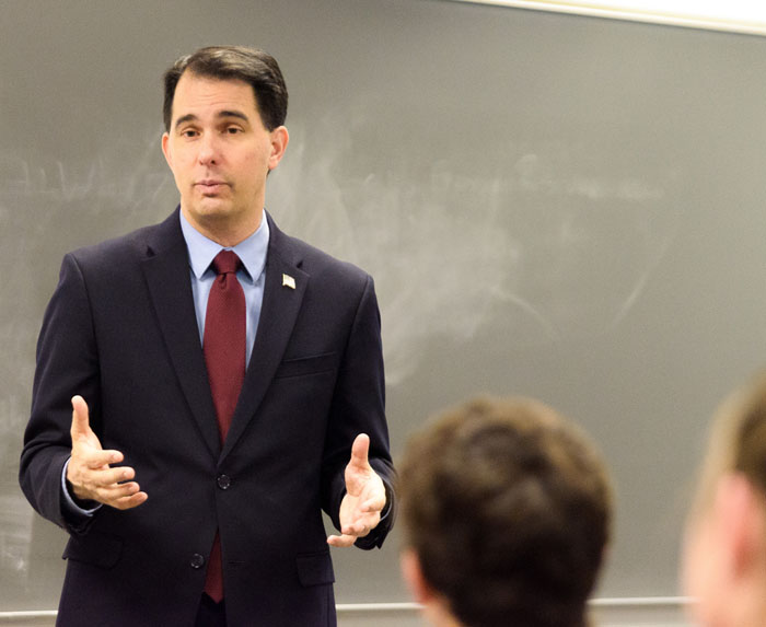 Gov.+Scott+Walker+stressed+the+importance+of+student+organizations%2C+such+as+the+Marquette+College+Republicans.